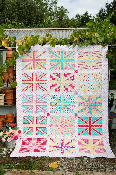 Busy Bee Quilt Designs Hip To Be Square : 10 best images about Union jack quillts on Pinterest Gardens, Cross quilt and Quilt
