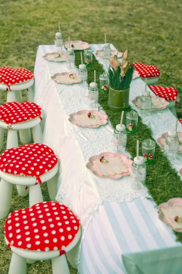 love the toadstool stools and grass table runner for a fairy party
