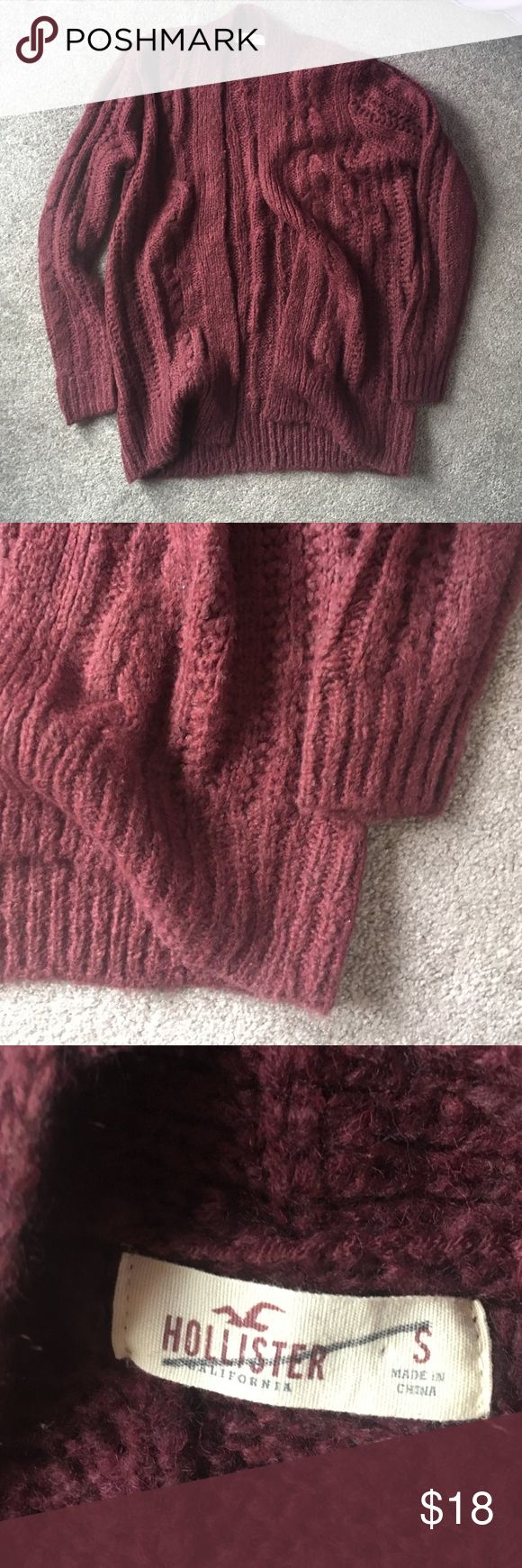 Maroon cardigan sweater This is kinda thick and chunky!!! Super soft!! It is like new! No flaws at all. It is a size small. It would probably fit an xsmall nice and obersized and it would fit a medium more fitted. 20% off bundles and excepting all reasonable offers Hollister Sweaters Cardigans