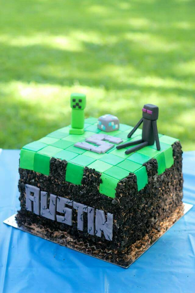 Minecraft cake I made with edible Enderman and Creeper ...