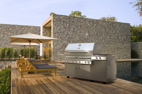 Kalamazoo Outdoor Gourmet Hybrid Grill featured in Dwell