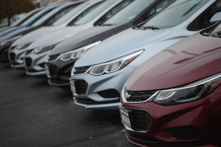 Why does the president-elect throw out Twitter bombs with no basis in fact, like today's charge that GM is importing the Chevy Cruze from Mexico? The fake news dynamic may have something to do with it, and it's likely to cause nightmares for company's during Trump's administration.