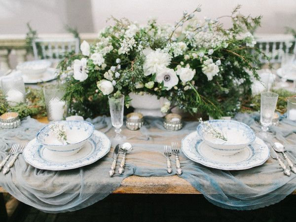 MAGNOLIA ROUGE // Stunning winter wedding inspiration in the fog | Silk and Willow