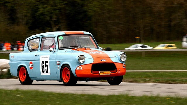 Ford Anglia pre 66 racing & 35 best Ford Anglia images on Pinterest | Ford Vintage cars and ... markmcfarlin.com