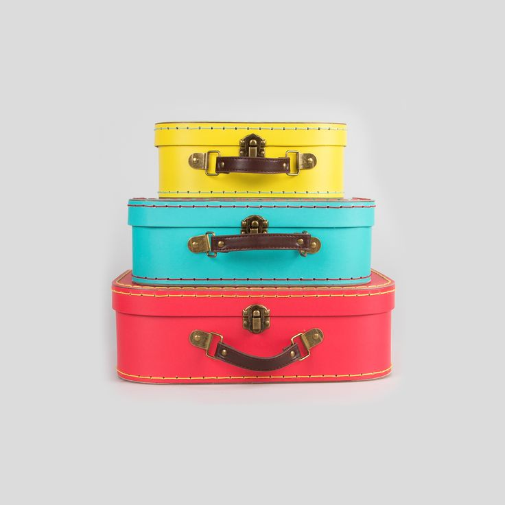 Spring Bright Retro Suitcases - Set of 3. Buy online here http://www.smallthings.gr/shop/bath-room/spring-bright-retro-suitcases-set-of-3/#.VM5Y-C53AxI