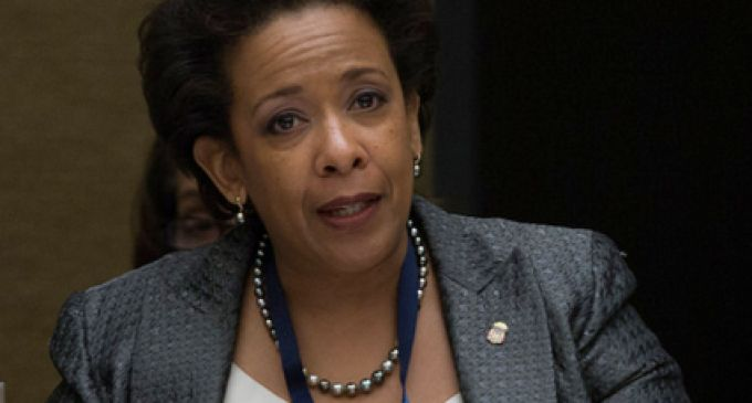 Delay: FBI Has Threatened Loretta Lynch To Indict Hillary Clinton, or Else