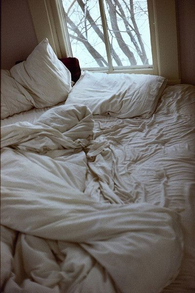 Wow... this is what my bed looks like. It's the best bed ever. Right down to the wrinkly unmade linens!