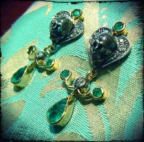 Old memento mori earrings Oro 14 kt and silver Emeralds diamond - Dogale Jewellery Venice Italia - http://www.veneziagioielli.com/scheda.php?id=537
