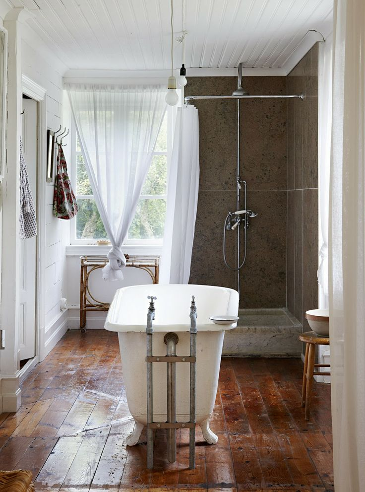 Die besten 25+ Badewanne im freien Ideen auf Pinterest Freibäder - badewanne im schlafzimmer