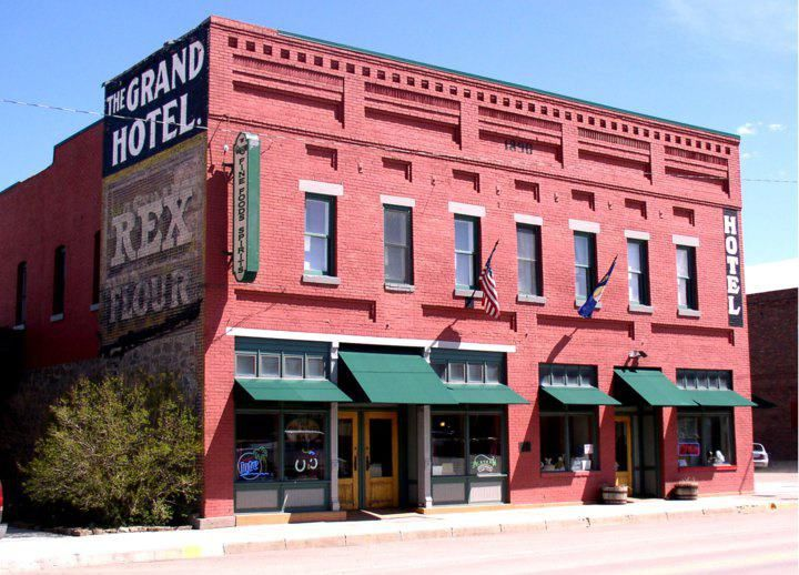 Grand Hotel In Timber Is 34 Miles Away From Livingston Mt Built