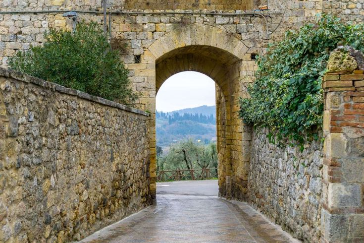 A Weekend Guide to Tuscany