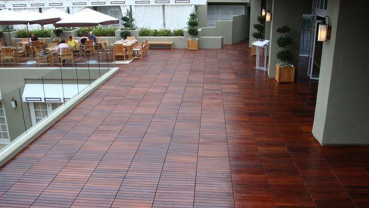 Luxury Rubber Outdoor Tile for Decks
