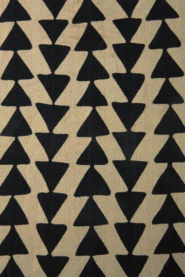Black Arrow 3x5 Rug chez Urban Outfitters