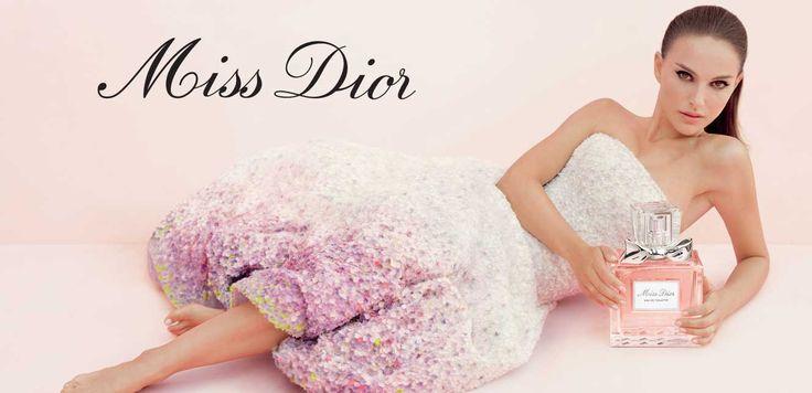A fragrância Miss Dior foi criada para uma jovem elegante, audaciosa e sedutora.  A sofisticada fragrância Miss Dior exibe a comunhão excepcional entre a alta costura de Dior e a perfumaria. Ideal, ela possui uma beleza espiritual e um estilo definido. Miss Dior é uma heroína romântica, sedutora e eternamente audaciosa, assim como Christian Dior teria imaginado.