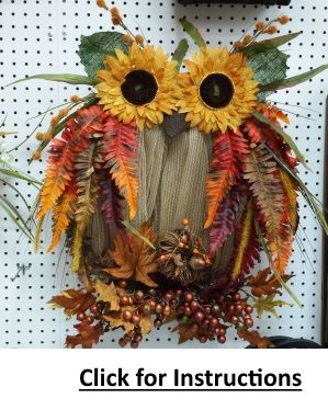 Sunflower Owl Burlap Mesh Wreath by Ben Franklin Online! This adorable fall wreath is sure to turn heads! Click for detailed instructions and a supply list! Happy Fall Ya'll!   #Fall #DecoMeshWreath
