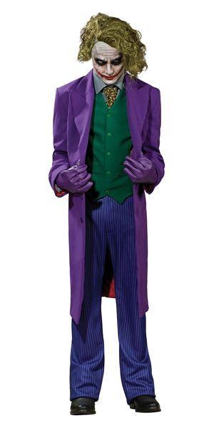 The Joker Collector's edition. Tämä upea naamiaisasu on lisensoitu Batman Dark Knight -elokuvan The Joker Collector's edition -asu. Tästä Jokerin roolista kaikki varmasti muistavat legendaarisen, jopa mielipuolisen Heath Ledgerin. Naamiaisasukokonaisuus on laaja, joten kaikkine osineen se muodostaa upean asukokonaisuuden! Sisältää: - Takin - Paidan - Liivin - Kravatin - Housut - Maskeeraussetin - Hanskat - Peruukin