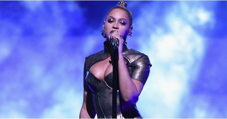 """Beyoncé's """"Sweet Dreams"""" Remix Is So Sexy, It'll Make You Do...  http://news.celebrination.rootsdmag.com/beyonces-sweet-dreams-remix-is-so-sexy-itll-make-you-do-a-slow-body-roll-in-your-seat/"""