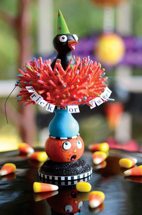 Trick Or Tweet. Project from Glitterville's Handmade Halloween.