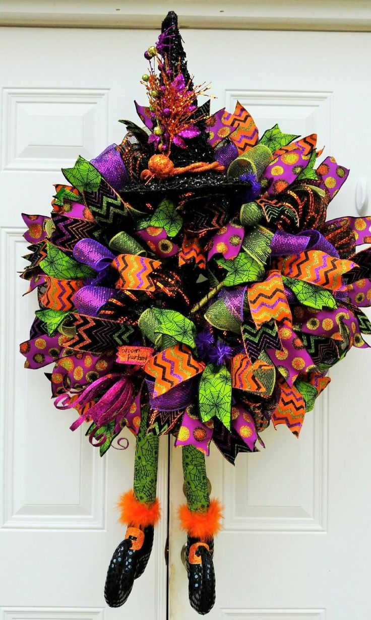 Made to Order Halloween Witch Wreath-Halloween Door Wreath-Halloween Decor-Trick or Treat Wreath-Halloween Mesh Wreath-Fall Decor by StudioWhimsybyBabs on Etsy https://www.etsy.com/listing/246800182/made-to-order-halloween-witch-wreath