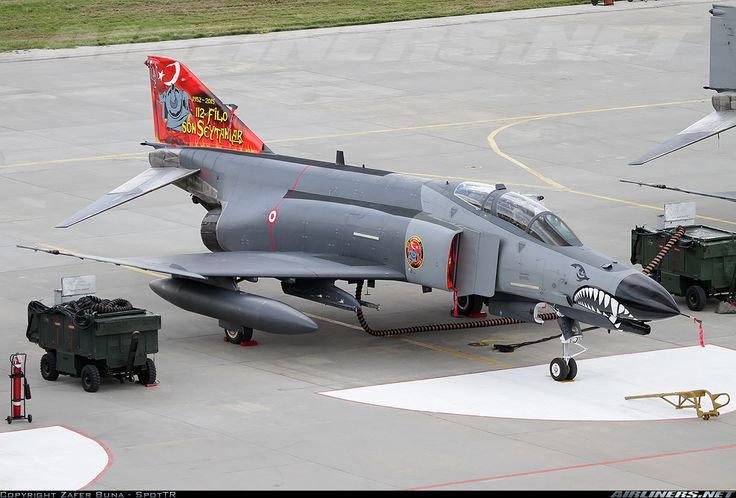 Turkish Air Force (Türk Hava Kuvvetleri) McDonnell Douglas F-4E Terminator 2020  69-7585 (cn 4069)