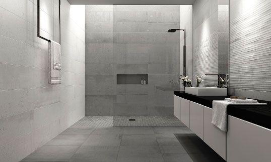 Серая плитка под бетон для ванной комнаты
