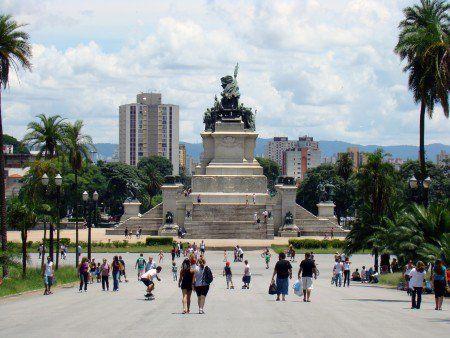 Monumento à Independência tem visitação guiada à noite