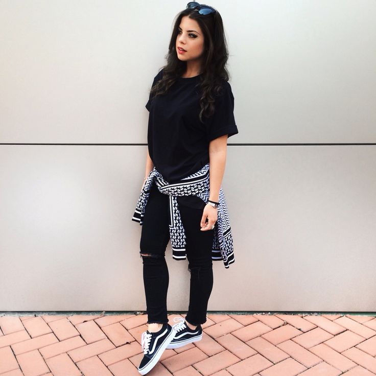 black and white outfit with iuter sweater hm black denim