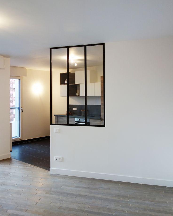 verrière cachant cuisine ouverte aménagée par l'architecte Emilie Melin