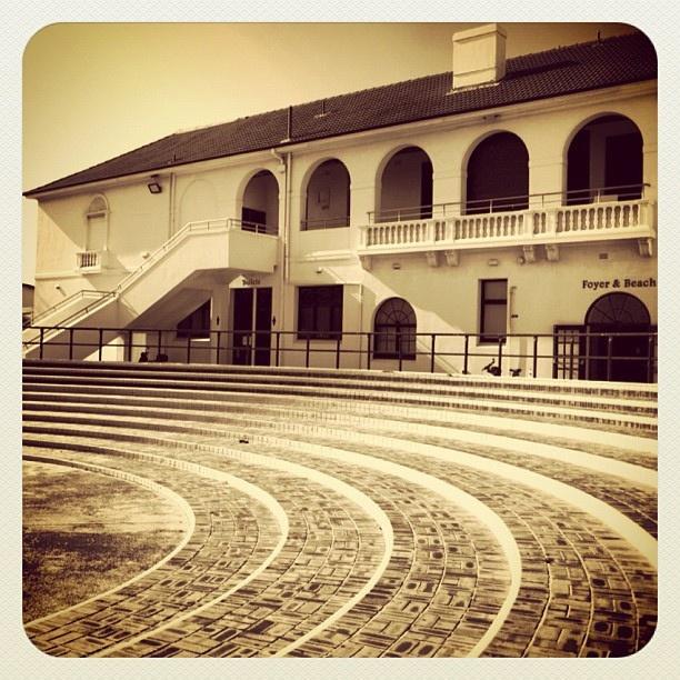 Bondi Pavilion Curves #steps #atbondi #bondi #pavilion #sydney #building #architecture #curves