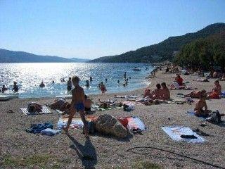 Appartamento per 4 persone, 15 metri dal mare a Seget VranjicaCase vacanze in Trogir da @homeawayitalia