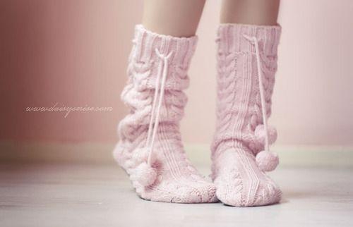 Après une journée à l'extérieur, enfilez des chaussettes bien chaudes! ©Lesbetisesdefifi
