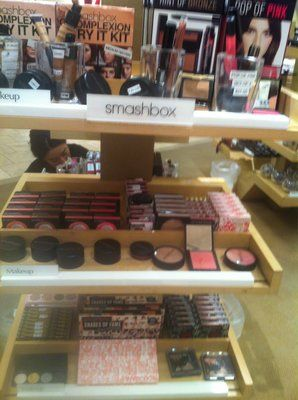Cosmetics Company Outlet in San Diego, CA