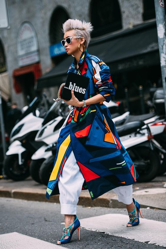 Editorial Eclectic Style Essential #2: Wide Leg Pants;  Editorial Eclectic Style Essential #5: Modern Trench | NYC Street Style, fashion girls, street style trends, gucci dionysus, oversized trench coat, maximal style, gucci loafers, spring 2017 outfits
