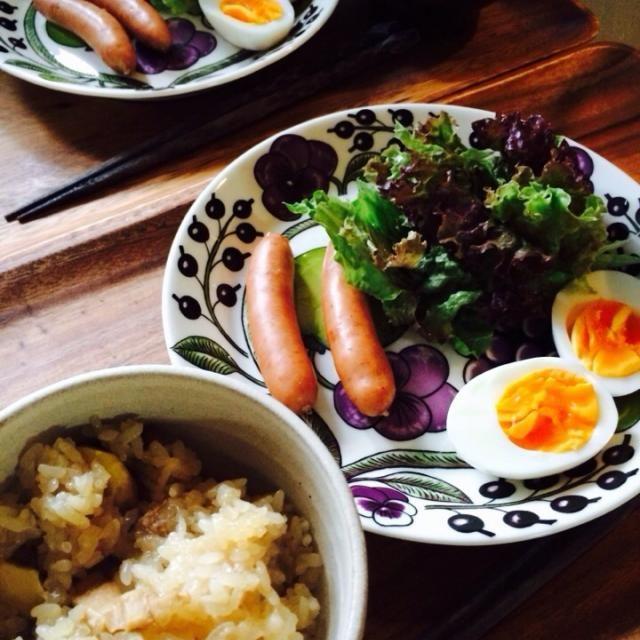 栗おこわはmy母作 - 27件のもぐもぐ - 栗おこわ、ゆで卵・ソーセージ&サラダ、お味噌汁 by schenklu