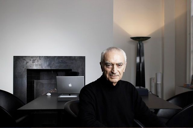 Massimo Vignelli I would like to meet him.... unfortunatelly he leave us...