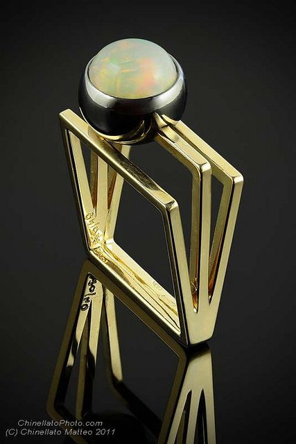 A 70 Bottega d'Arte Orafa - Anello in oro giallo con opale su castone mobile by ChinellatoPhoto, via Flickr
