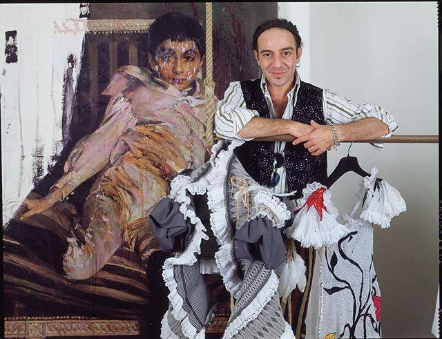 le couturier et cr ateur de haute couture john galliano que j ai photographi dans son atelier. Black Bedroom Furniture Sets. Home Design Ideas