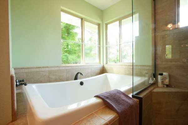 How To Choose A Bathtub Refinishing Contractor In Raleigh