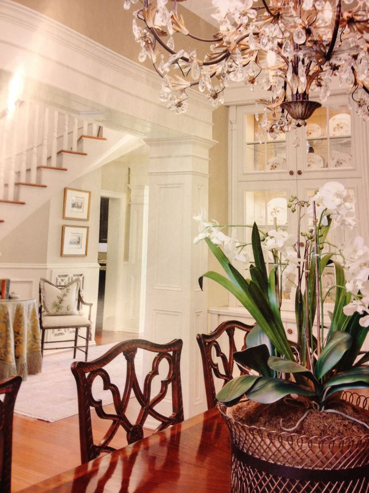 charleston decor. Charleston Style  Design Great centerpiece for dining room table Best 25 style ideas on Pinterest 1920s fashion