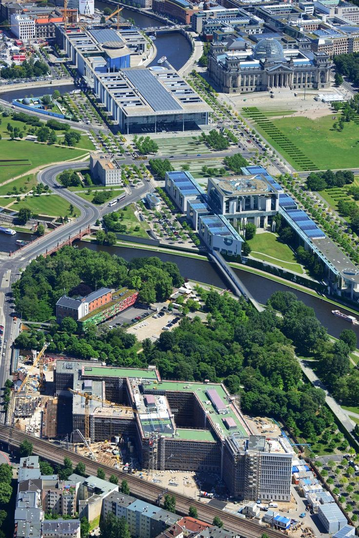 Das ist Berlin - von oben - Berlin Aktuell - Berliner Morgenpost. Great aerial photography #Berlin #Germany