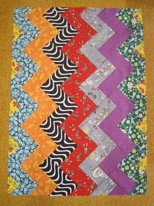 Tin Whistle: Snapshot sunday- Unisex Zig Zag.: Zig Zag Quilts, Snapshot Sunday, Gorgeous, Long Time, Whistl Quilts, Fabrics, Fun, Unisex Zig, Tins Whistl