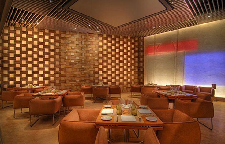 Modern restaurant design modern restaurant interior design of stripsteak las vegas decoration for Modern restaurant interior design