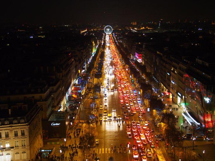 Avenue des Champs-Élysées, Lumières de Noël