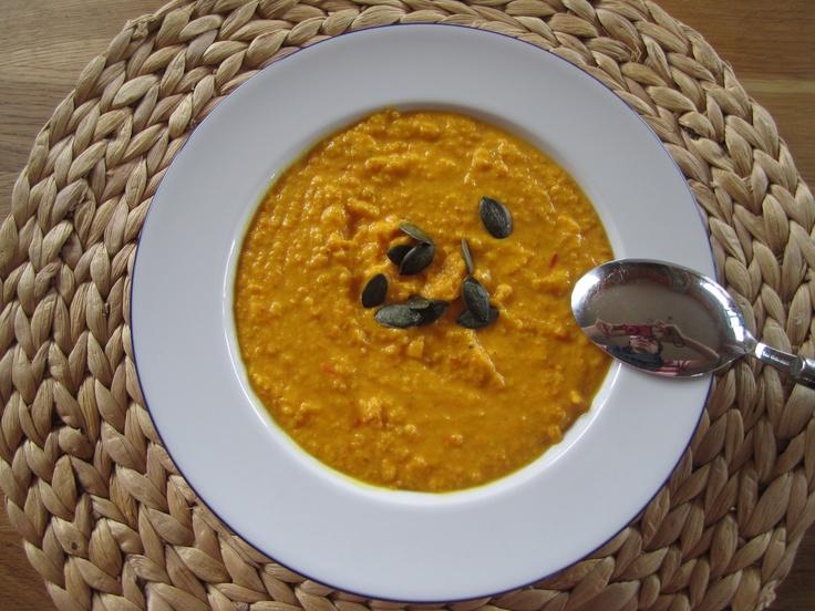 Klaras Welt: Weltbeste Kürbissuppe mit Chili und Ingwer
