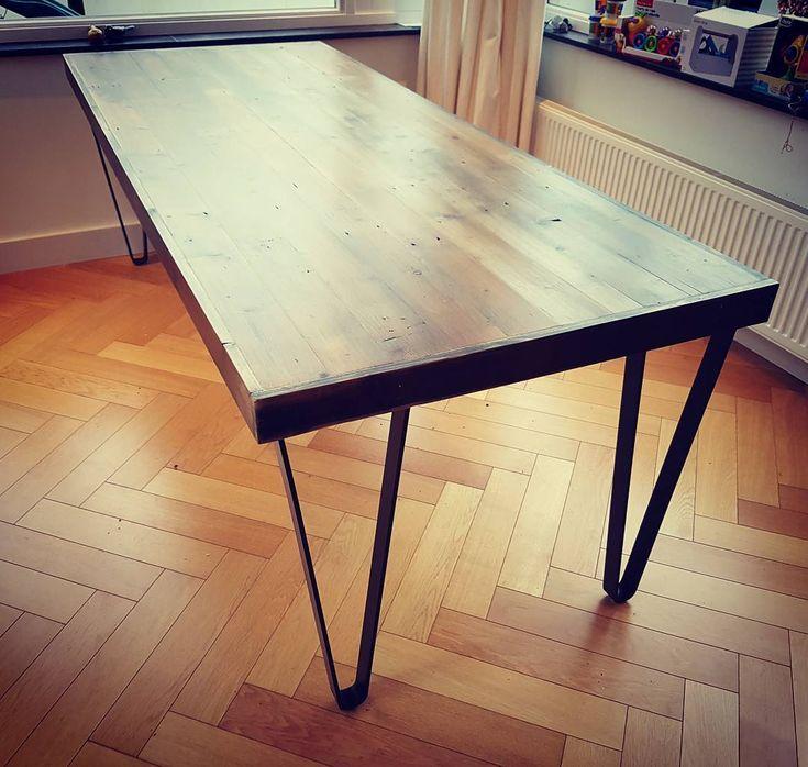 25 beste idee n over hout ontwerp op pinterest midden for Tafel ontwerp