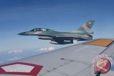 Pemantauan Karhutla Riau Libatkan Jet Tempur Lanud Roesmin Nurjadin