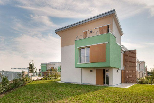 "Italian studio Alberto Apostoli recently completed the Santa Caterina residencial complex in Verona, a city in the Veneto, northern Italy.       Santa Caterina Residence by Alberto Apostoli: ""Residence Santa Caterina has been recently inaugurated in Verona – an architectural housing design that..."