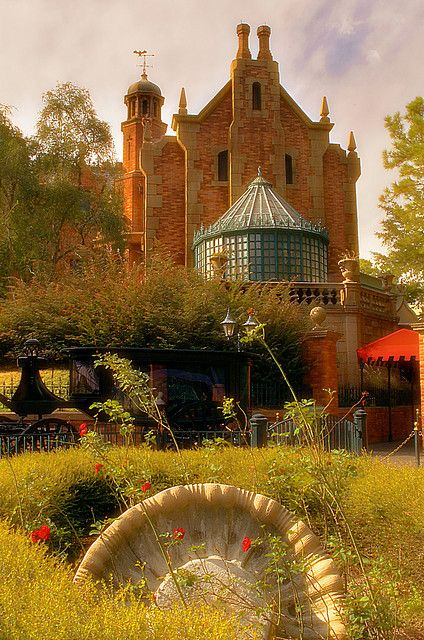 Windermere, Florida ~ The Haunted Mansion