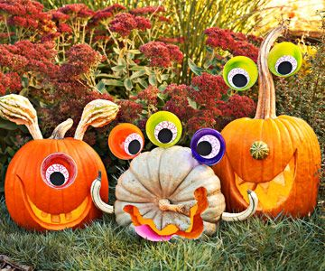 Make Monster Pumpkins- CUTE-     http://www.bhg.com/halloween/pumpkin-carving/monster-pumpkins/