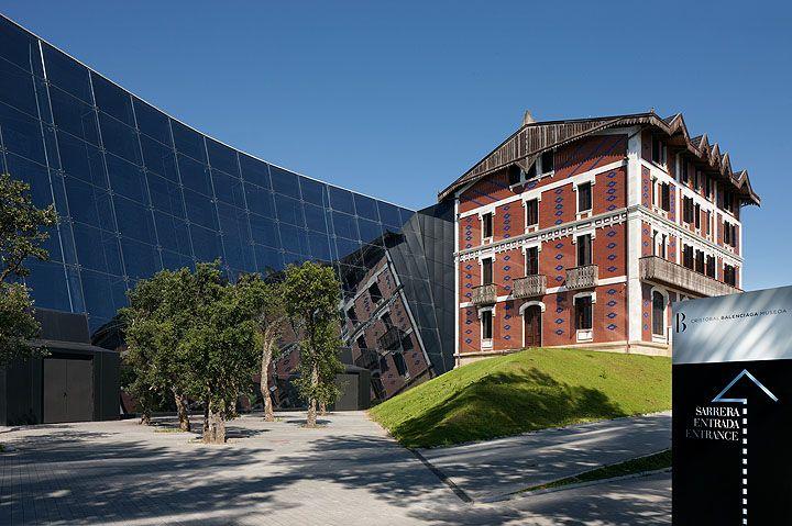 Museo Cristobal Balenciaga. Getaria.  Inaki Caperochipi Photography